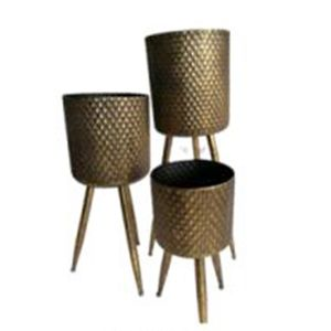 L122 : Set of 3 Armin metal planters with wooden legs  **AVAIL LATE MAY 2020**