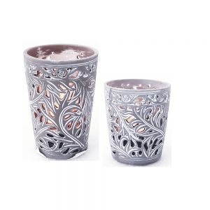 Resin cup candle holder w/amazon leaf pattern - grey