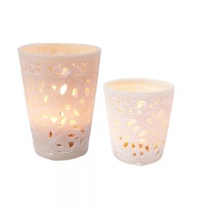 Resin cup candle holder w/amazon leaf pattern - ivory